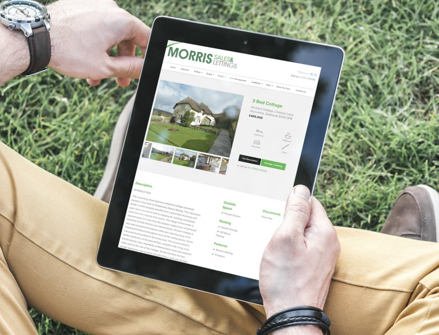 Lettings singles property on a Tablet